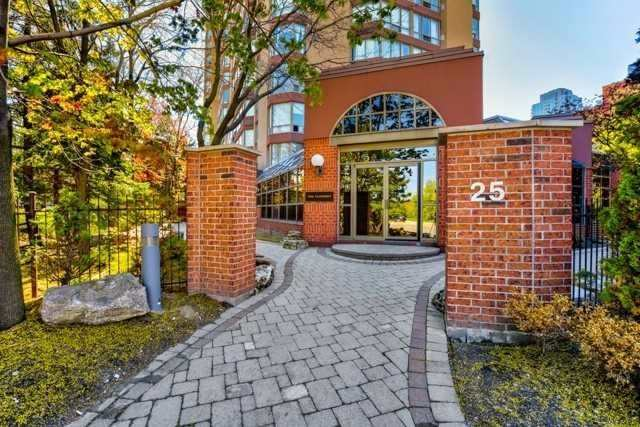 1101 - 25 Fairview Rd, Mississauga, Ontario - L5B3Y8
